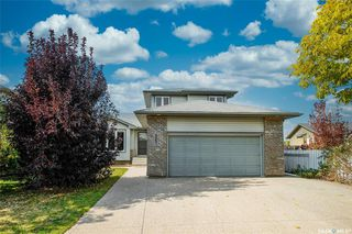 Main Photo: 623 Buckwold Cove in Saskatoon: Arbor Creek Residential for sale : MLS®# SK834292