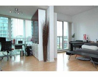 """Photo 6: 710 1018 CAMBIE Street in Vancouver: Downtown VW Condo for sale in """"YALETOWN LIMITED"""" (Vancouver West)  : MLS®# V643037"""