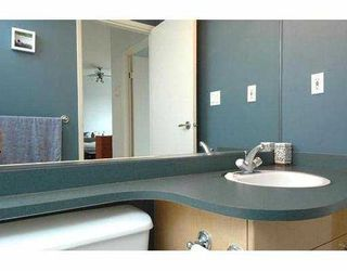"""Photo 10: 710 1018 CAMBIE Street in Vancouver: Downtown VW Condo for sale in """"YALETOWN LIMITED"""" (Vancouver West)  : MLS®# V643037"""