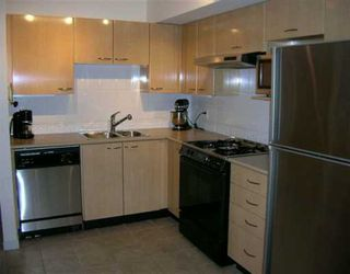 "Photo 3: 222 638 W 7TH AV in Vancouver: Fairview VW Condo for sale in ""OMEGA"" (Vancouver West)  : MLS®# V570515"