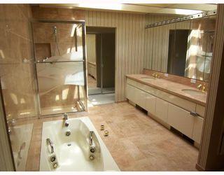 Photo 8: 6363 BUCKINGHAM Drive in Burnaby: Buckingham Heights House for sale (Burnaby South)  : MLS®# V656427