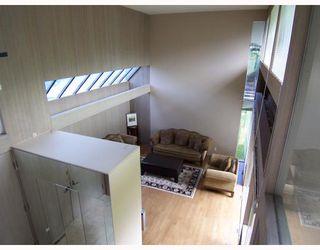 Photo 3: 6363 BUCKINGHAM Drive in Burnaby: Buckingham Heights House for sale (Burnaby South)  : MLS®# V656427