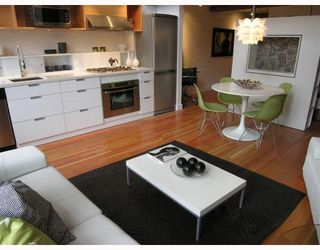 "Photo 4: 305 528 BEATTY Street in Vancouver: Downtown VW Condo for sale in ""BOWMAN BLOCK"" (Vancouver West)  : MLS®# V659132"