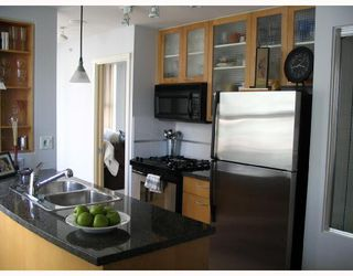 """Photo 5: 1403 969 RICHARDS Street in Vancouver: Downtown VW Condo for sale in """"MONDRAIN 2"""" (Vancouver West)  : MLS®# V662199"""