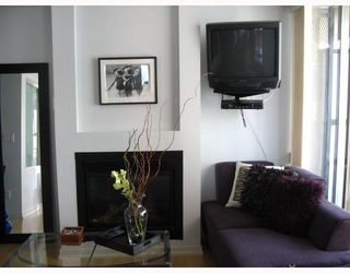"""Photo 2: 1403 969 RICHARDS Street in Vancouver: Downtown VW Condo for sale in """"MONDRAIN 2"""" (Vancouver West)  : MLS®# V662199"""