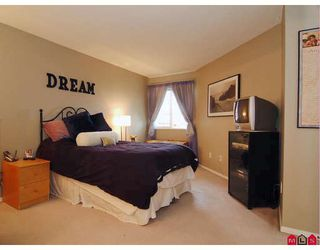 """Photo 8: 412 5765 GLOVER Road in Langley: Langley City Condo for sale in """"COLLEGE COURT"""" : MLS®# F2806849"""