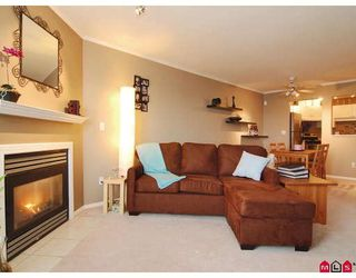 "Photo 5: 412 5765 GLOVER Road in Langley: Langley City Condo for sale in ""COLLEGE COURT"" : MLS®# F2806849"