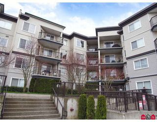 "Photo 1: 412 5765 GLOVER Road in Langley: Langley City Condo for sale in ""COLLEGE COURT"" : MLS®# F2806849"