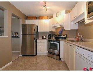 "Photo 2: 412 5765 GLOVER Road in Langley: Langley City Condo for sale in ""COLLEGE COURT"" : MLS®# F2806849"
