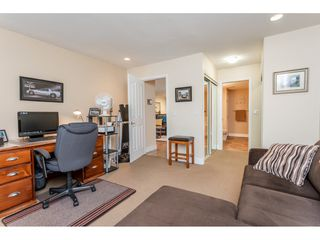 """Photo 13: 9769 148A Street in Surrey: Guildford Townhouse for sale in """"Chelsea Gate"""" (North Surrey)  : MLS®# R2394189"""