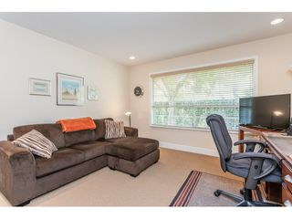 """Photo 12: 9769 148A Street in Surrey: Guildford Townhouse for sale in """"Chelsea Gate"""" (North Surrey)  : MLS®# R2394189"""