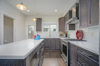 """Photo 6: 115 16528 24A Avenue in Surrey: Grandview Surrey Townhouse for sale in """"NOTTING HILL"""" (South Surrey White Rock)  : MLS®# R2397710"""