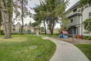 """Photo 18: 115 16528 24A Avenue in Surrey: Grandview Surrey Townhouse for sale in """"NOTTING HILL"""" (South Surrey White Rock)  : MLS®# R2397710"""
