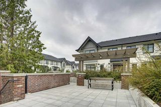 """Photo 17: 115 16528 24A Avenue in Surrey: Grandview Surrey Townhouse for sale in """"NOTTING HILL"""" (South Surrey White Rock)  : MLS®# R2397710"""