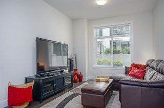 """Photo 2: 115 16528 24A Avenue in Surrey: Grandview Surrey Townhouse for sale in """"NOTTING HILL"""" (South Surrey White Rock)  : MLS®# R2397710"""