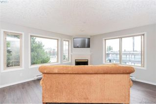Photo 3: 207 3700 Carey Rd in VICTORIA: SW Gateway Condo Apartment for sale (Saanich West)  : MLS®# 823245