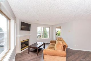 Photo 17: 207 3700 Carey Rd in VICTORIA: SW Gateway Condo Apartment for sale (Saanich West)  : MLS®# 823245