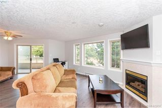 Photo 2: 207 3700 Carey Rd in VICTORIA: SW Gateway Condo Apartment for sale (Saanich West)  : MLS®# 823245