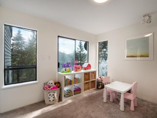 """Photo 8: 4802 STRATHCONA Road in North Vancouver: Deep Cove House for sale in """"The Cove"""" : MLS®# R2411847"""