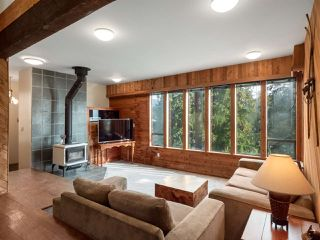 """Photo 2: 4802 STRATHCONA Road in North Vancouver: Deep Cove House for sale in """"The Cove"""" : MLS®# R2411847"""