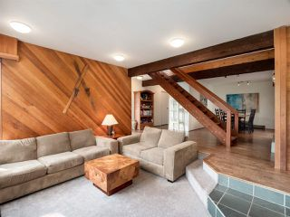"""Photo 3: 4802 STRATHCONA Road in North Vancouver: Deep Cove House for sale in """"The Cove"""" : MLS®# R2411847"""