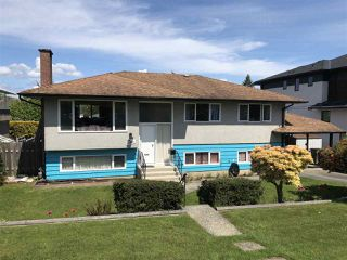 Photo 1: 14721 111A Avenue in Surrey: Bolivar Heights House for sale (North Surrey)  : MLS®# R2453893