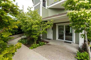 """Photo 12: 301 624 SHAW Road in Gibsons: Gibsons & Area Condo for sale in """"The Rosewood"""" (Sunshine Coast)  : MLS®# R2458197"""