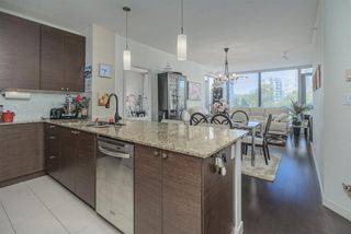 Photo 10: 605 400 CAPILANO ROAD in Port Moody: Port Moody Centre Condo for sale : MLS®# R2490780