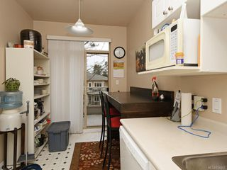 Photo 9: 404 121 Aldersmith Pl in View Royal: VR Glentana Condo for sale : MLS®# 834867