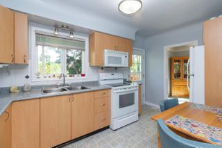 Photo 9: 1064 Willow St in : SE Lake Hill House for sale (Saanich East)  : MLS®# 850288