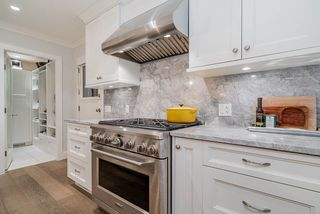 Photo 11: 125 KENSINGTON CRESCENT in North Vancouver: Upper Lonsdale House for sale : MLS®# R2501831