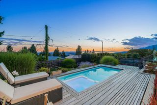 Photo 29: 125 KENSINGTON CRESCENT in North Vancouver: Upper Lonsdale House for sale : MLS®# R2501831