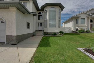 Photo 2: 15926 86 Street in Edmonton: Zone 28 House for sale : MLS®# E4218046