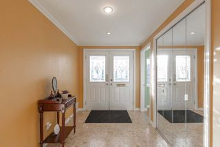Photo 2: 7081 PAULUS Crescent in Burnaby: Montecito House for sale (Burnaby North)  : MLS®# R2527833