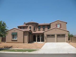 Main Photo: EAST ESCONDIDO House for sale : 5 bedrooms : 2744 Vistamonte in Escondido