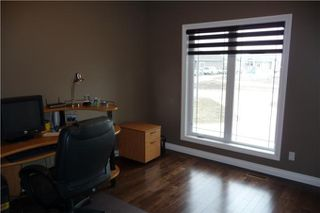 Photo 9: 372 Oak Forest CR in Winnipeg: Westwood / Crestview Residential for sale (West Winnipeg)  : MLS®# 1005142