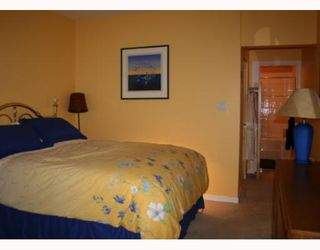 """Photo 6: 103 1820 E KENT Avenue in Vancouver: Fraserview VE Condo for sale in """"PILOT HOUSE"""" (Vancouver East)  : MLS®# V656396"""