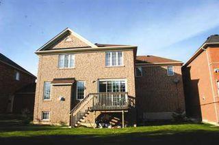 Photo 2: 6 Blaketon Court in Brampton: House (2-Storey) for sale (W24: BRAMPTON)  : MLS®# W1346889