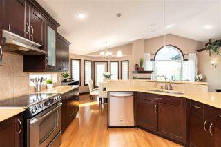 Photo 14: 6449 SANDIN Crescent in Edmonton: Zone 14 House for sale : MLS®# E4166742