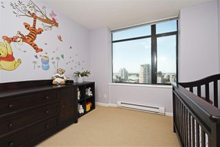 """Photo 13: 1804 610 VICTORIA Street in New Westminster: Downtown NW Condo for sale in """"The Point"""" : MLS®# R2398304"""
