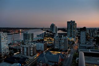 """Photo 10: 1804 610 VICTORIA Street in New Westminster: Downtown NW Condo for sale in """"The Point"""" : MLS®# R2398304"""