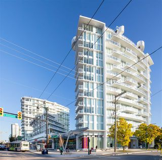 Photo 2: 608 4638 GLADSTONE STREET in Vancouver: Victoria VE Condo for sale (Vancouver East)  : MLS®# R2401682