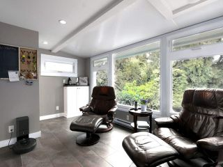 Photo 7: 824 CRESTWOOD Drive in Coquitlam: Harbour Chines House for sale : MLS®# R2433765