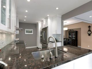 Photo 14: 824 CRESTWOOD Drive in Coquitlam: Harbour Chines House for sale : MLS®# R2433765