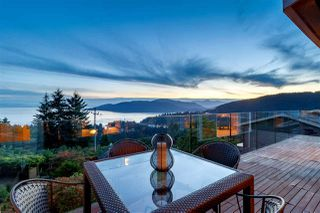 Photo 2: 4673 WOODBURN Road in West Vancouver: Cypress Park Estates House for sale : MLS®# R2468392