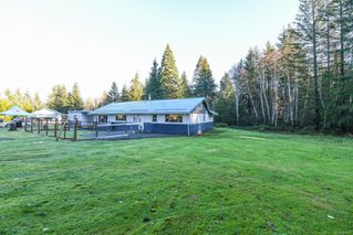 Photo 3: 2750 Wentworth Rd in : CV Courtenay North House for sale (Comox Valley)  : MLS®# 861206