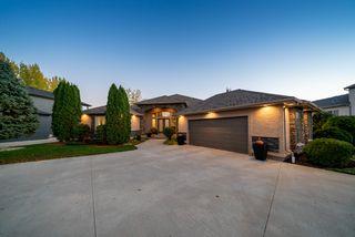 Photo 1: 20 Hazel Bay in Oakbank: House for sale