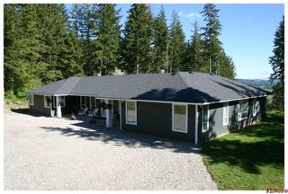 Photo 4: 4110 White Lake Road in Tappen: White Lake - Blind Bay Residential Detached for sale : MLS®# 10028859