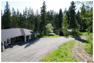Photo 6: 4110 White Lake Road in Tappen: White Lake - Blind Bay Residential Detached for sale : MLS®# 10028859
