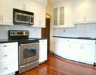 "Photo 6: 2704 GRAVELEY Street in Vancouver: Renfrew VE House for sale in ""RENFREW"" (Vancouver East)  : MLS®# V621896"